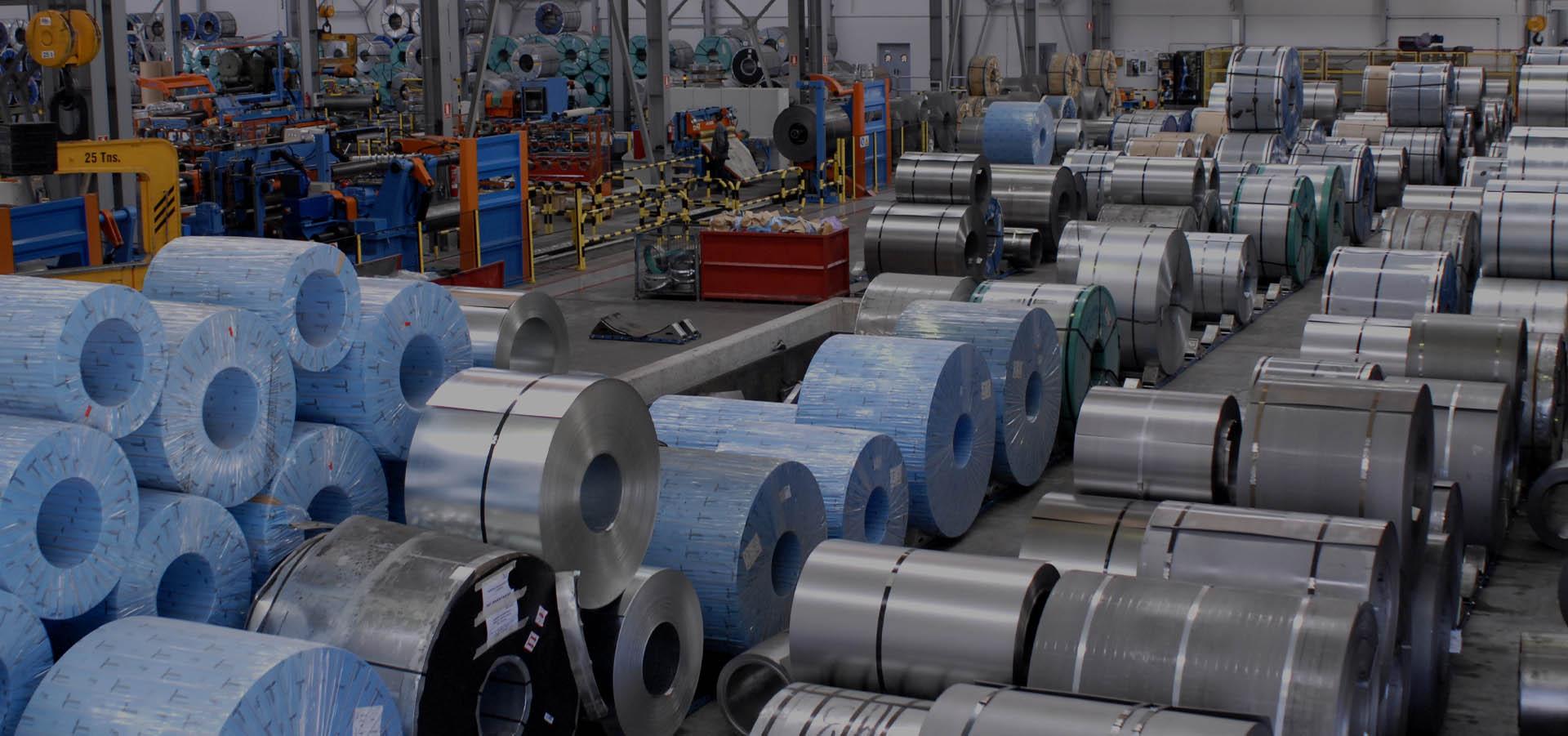 Centro de corte de productos siderúrgicos planos